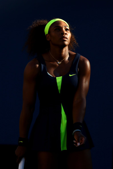 Venus & Serena Williams - 3 - Page 2 Serena+Williams+2012+Open+Day+14+F7lt35G4pril