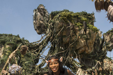 Serena Williams Tennis Superstar Serena Williams Explores Pandora - The World Of Avatar At Walt Disney World Resort