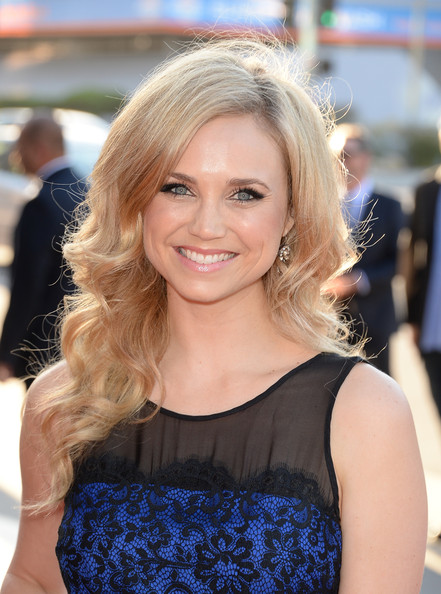 fiona gubelmann at t