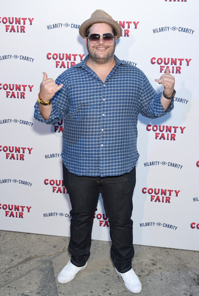 Seth Rogen And Lauren Miller Rogen Host Hilarity For Charity's County Fair