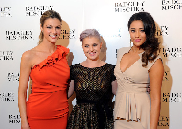 http://www1.pictures.zimbio.com/gi/Shay+Mitchell+Badgley+Mischka+Backstage+Fall+e5HJaie1N1fl.jpg