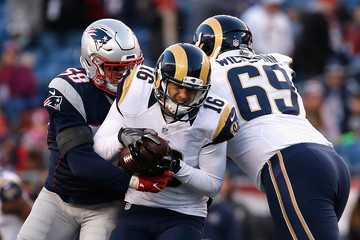 Shea McClellin Los Angeles Rams v New England Patriots