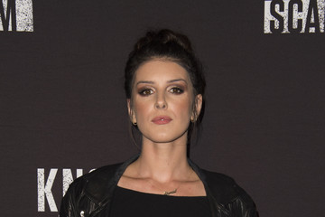 Shenae Grimes Knott's Scary Farm Black Carpet Party