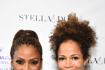 Sherri Saum Stella & Dot X HollyRod Foundation Charity Trunk Show For Autism Awareness Month