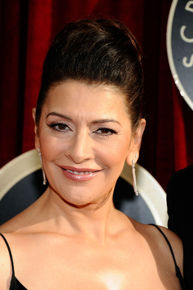 Download this Shohreh Aghdashloo Actress Arrives The picture