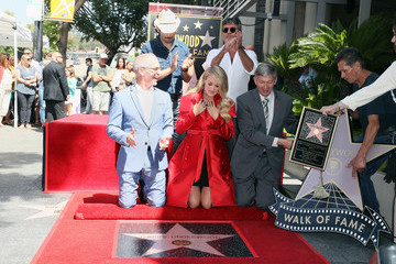 Simon Cowell Carrie Underwood Honored With Star On The Hollywood Walk Of Fame