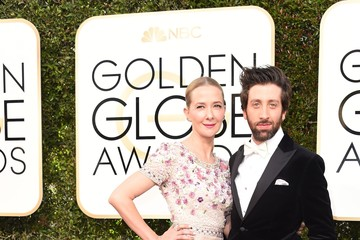 Simon Helberg 74th Annual Golden Globe Awards - Arrivals