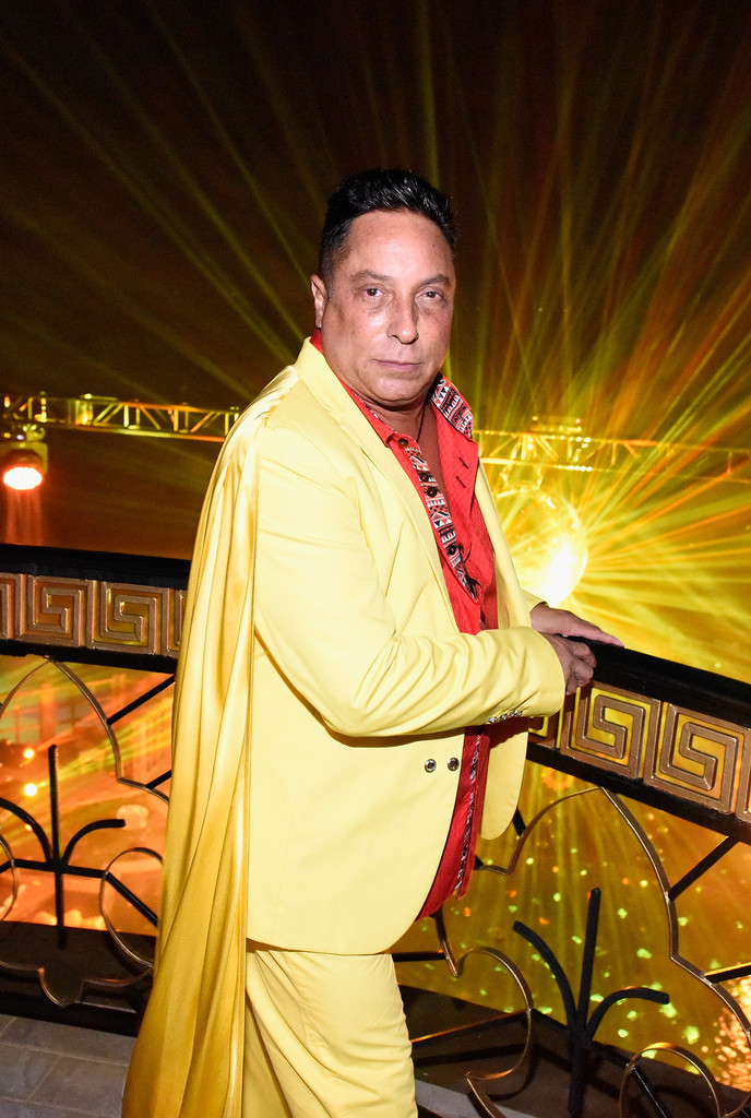 singles in ivan Heart on fire: the fauntleroys' ivan julian benefit singles on plowboy records each night as stars shine bright, another heart burns in the light – by ivan julian.