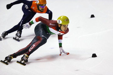 Sjinkie Knegt ISU World Cup Short Track - Calgary Day 1