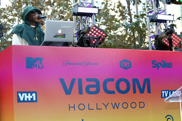 Snoop Dogg Viacom Hollywood Office Grand Opening