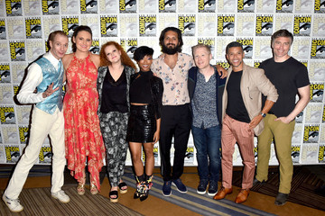 Sonequa Martin-Green Mary Wiseman Comic-Con International 2018 - 'Star Trek: Discovery' Press Conference And Red Carpet