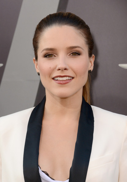 Sophia Bush - Premiere of Columbia Pictures' Total Recall at Grauman's Chinese Theatre in Hollywood - August 1st Sophia+Bush+Premiere+Columbia+Pictures+Total+TjIZPBqM12il
