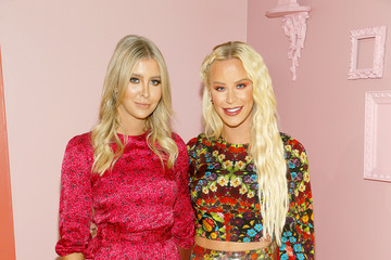 Sophia Hutchins Alice And Olivia By Stacey Bendet - Arrivals - September 2019 - New York Fashion Week: The Shows