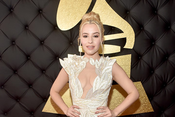 Sophie Beem The 59th GRAMMY Awards -  Red Carpet