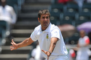 Imran Tahir of South Africa appeals for lbw during day 2 of the 2nd Test match between South Africa and Australia at Bidvest Wanderers on November 18, 2011 in Johannesburg, South Africa.