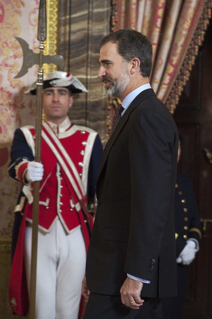 King Felipe VI of Spain Photos Photos - Spanish Royals ...