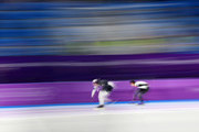 Heather Bergsma of The United States and Miho Takagi of Japan compete during the Ladies 1,500m Long Track Speed Skating final on day three of the PyeongChang 2018 Winter Olympic Games at Gangneung Oval on February 12, 2018 in Gangneung, South Korea.