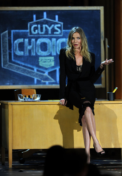 "Actress Cameron Diaz speaks onstage during Spike TV's 5th annual 2011 ""Guys Choice"" Awards at Sony Pictures Studios on June 4, 2011 in Culver City, California."