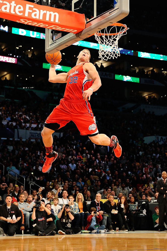 video blake griffin nails half court shot while sitting