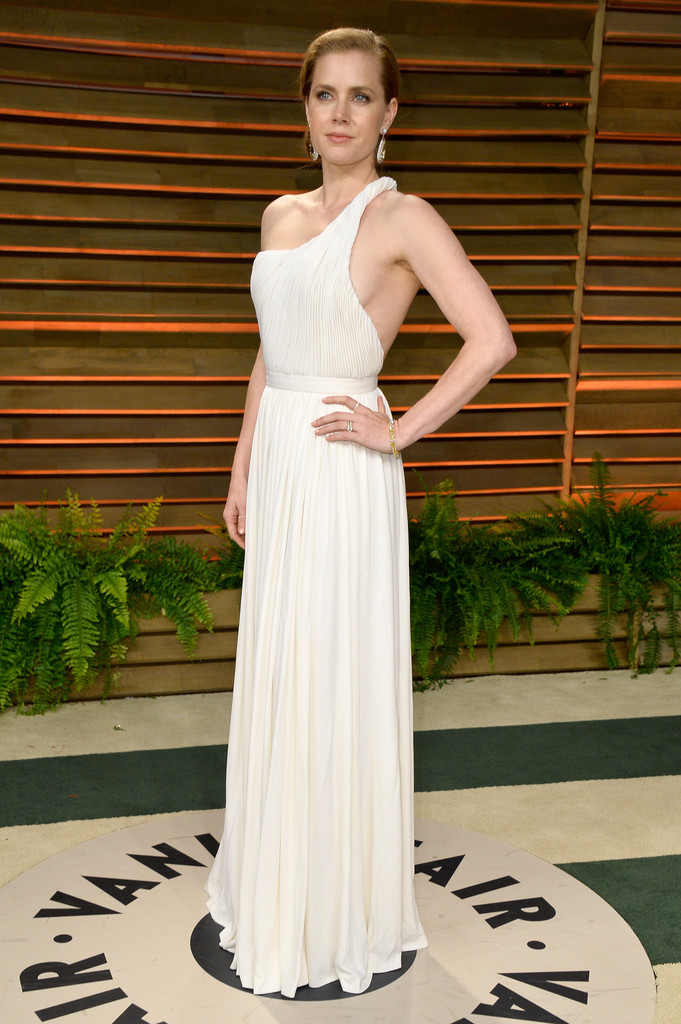 Amy Adams in a cream Carolina Herrera gown