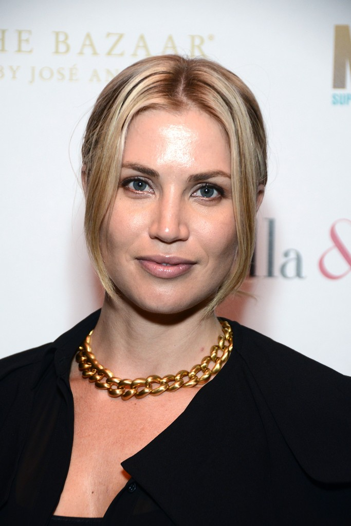 Willa Ford Photos Photos Stella Amp Dot Trunk Show Held In