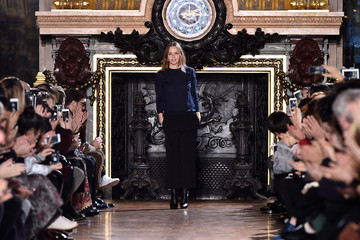 Stella McCartney Stella McCartney Runway Show