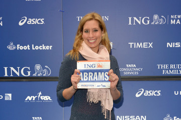 Stephanie Abrams  2012 ING New York City Marathon Celebrity Runners Photo Call
