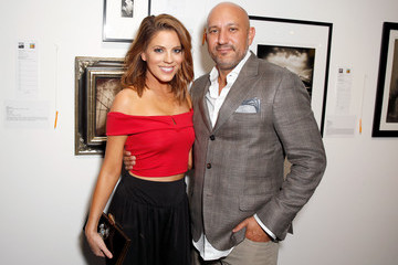 Stephanie Bauer De Re Gallery Hosts Best Buddies 'The Art of Friendship' Benefit Photo Auction