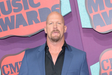 Steve Austin Arrivals at the CMT Music Awards