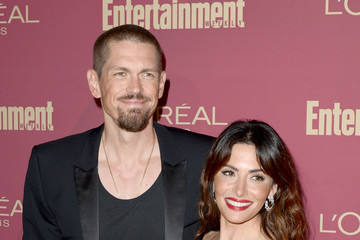 Steve Howey Entertainment Weekly And L'Oreal Paris Hosts The 2019 Pre-Emmy Party - Arrivals