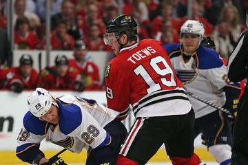Steve Ott St Louis Blues v Chicago Blackhawks - Game Three