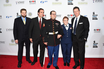 Steven Schulz Arrivals at the Stand Up for Heroes Event