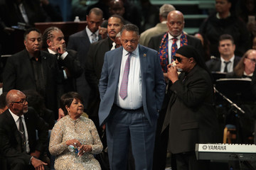 Stevie Wonder Soul Music Icon Aretha Franklin Honored During Her Funeral By Musicians And Dignitaries