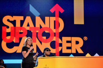 Stevie Wonder Stand Up To Cancer Marks 10 Years Of Impact In Cancer Research At Biennial Telecast - Inside