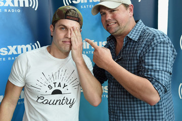 Storme Warren Dustin Lynch Dustin Lynch Visits SiriusXM Nashville