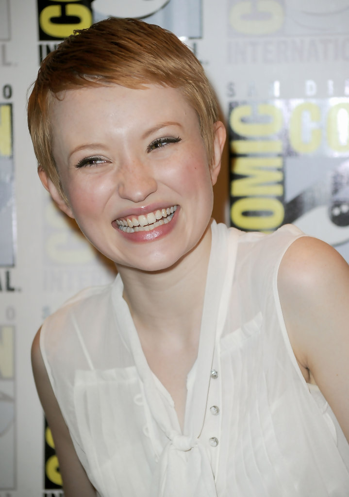 Emily Browning Photos Photos Sucker Punch Red Carpet 2010