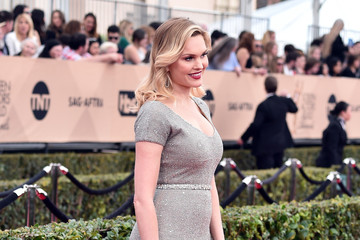 Sunny Mabrey 22nd Annual Screen Actors Guild Awards - Red Carpet