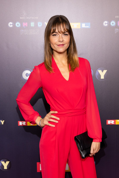 23rd German Comedy Awards [clothing,red,carpet,red carpet,fashion,premiere,flooring,magenta,event,dress,susan hoecke,k\u00e3,cologne,germany,m\u00e31\u20444hlheim,studio,german comedy awards]
