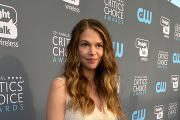 Sutton Foster The 23rd Annual Critics' Choice Awards - Red Carpet