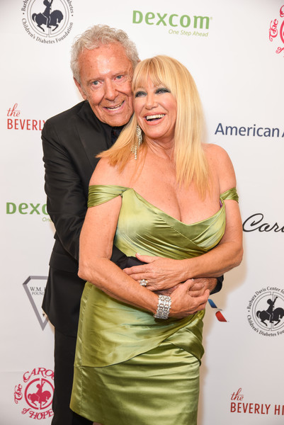 Suzanne Somers Photos - 22 of 705