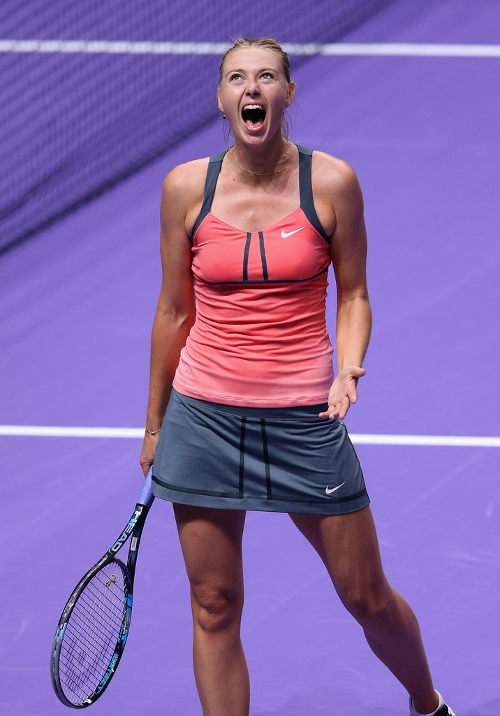 Maria Sharapova Defeats Victoria Azarenka At 2012 TEB BNP ...
