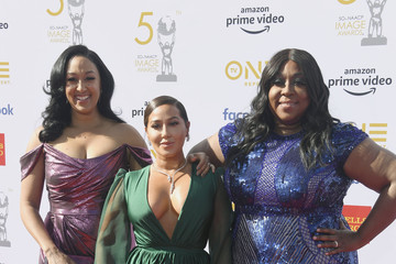 Tamera Mowry Loni Love 50th NAACP Image Awards - Arrivals