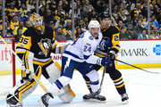 Ryan Callahan #24 of the Tampa Bay Lightning fights for position against Matt Hunwick #22 of the Pittsburgh Penguins at PPG PAINTS Arena on November 25, 2017 in Pittsburgh, Pennsylvania.