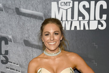 Tara Thompson 2017 CMT Music Awards - Red Carpet
