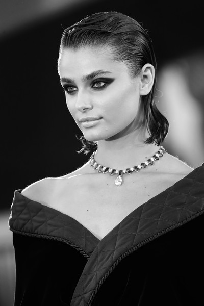 """Amants"" Red Carpet - The 77th Venice Film Festival [editors note,photograph,image,hair,face,hairstyle,eyebrow,beauty,lip,black-and-white,fashion,monochrome,monochrome photography,amants red carpet,face,hair,hair,red carpet,hairstyle,77th venice film festival,photograph,black and white,hair,portrait photography,photo shoot,black hair,photography,human hair color,face,long hair]"