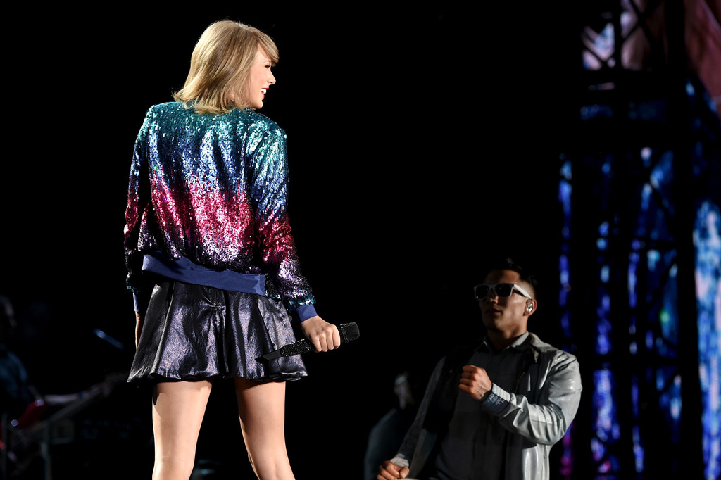 Taylor Swift Taylor Swift Photos Taylor Swift The 1989 World Tour Live In Philadelphia Night 2 Zimbio