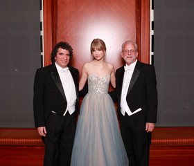Giancarlo Guerrero Taylor Swift Accepts The Harmony Award At The Nashville Symphony Ball