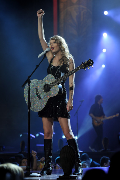 Taylor Swift Taylor Swift Photos Taylor Swift Speak Now World Tour In Nyc Zimbio