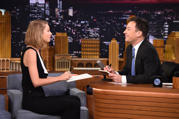 Taylor Swift Visits 'The Tonight Show Starring Jimmy Fallon' [taylor swift,the tonight show starring jimmy fallon,event,conversation,sitting,employment,new york city,rockefeller center]
