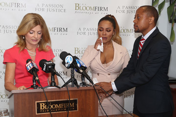 Teairra Mari Teairra Mari And Her Attorneys Lisa Bloom And Walter Mosely Hold Press Conference About New Legal Action Against 50 Cent And Akbar Abdul-Ahad